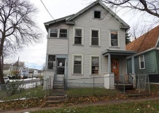 Foreclosed Home en GREENWAY AVE, Syracuse, NY - 13206
