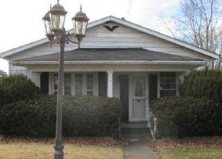 Casa en ejecución hipotecaria in Guernsey Condado, OH ID: F4235432