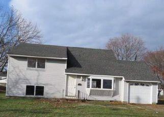 Casa en ejecución hipotecaria in Bay Shore, NY, 11706,  WELLS DR ID: F4235507