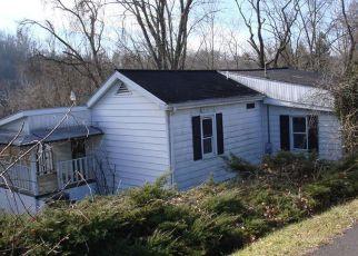 Casa en ejecución hipotecaria in Fairmont, WV, 26554,  EDGEWAY DR ID: F4236104
