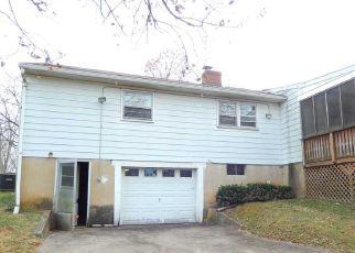 Casa en ejecución hipotecaria in Shenandoah Condado, VA ID: F4236244