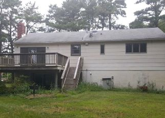 Foreclosed Home in PINEWOOD LN, Atco, NJ - 08004