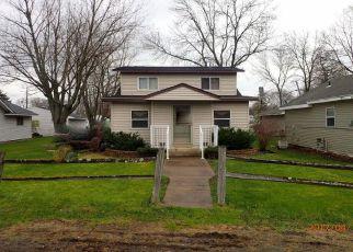 Casa en ejecución hipotecaria in Forest Lake, MN, 55025,  WOODLAND DR SE ID: F4238191