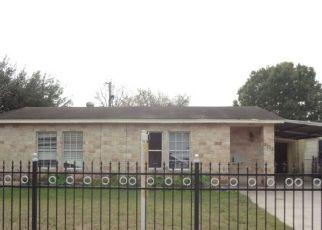 Casa en ejecución hipotecaria in San Antonio, TX, 78207,  BRONTE ST ID: F4239739