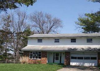 Casa en ejecución hipotecaria in West Chester, OH, 45069,  BONNIE DR ID: F4239966