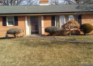Casa en ejecución hipotecaria in Augusta Condado, VA ID: F4240540