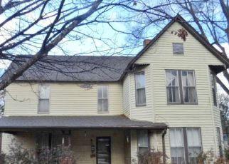 Casa en ejecución hipotecaria in Florence, AL, 35630,  N CYPRESS ST ID: F4240918