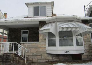 Casa en ejecución hipotecaria in New Kensington, PA, 15068,  RIDGE AVE ID: F4241036