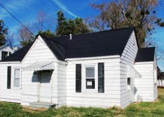 Casa en ejecución hipotecaria in Paducah, KY, 42003,  BENTON RD ID: F4241654