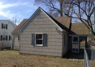 Foreclosed Home in 2ND ST, Middlesex, NJ - 08846