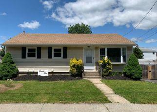 Casa en ejecución hipotecaria in Carle Place, NY, 11514,  ATLANTIC AVE ID: F4243252