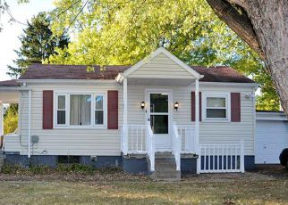 Foreclosed Home en PINE LN, Gibsonia, PA - 15044