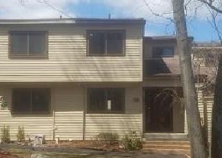Foreclosed Home en LINDEN DR, Highland Mills, NY - 10930
