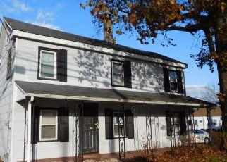 Casa en ejecución hipotecaria in Woodbury, NJ, 08096,  COOPER ST ID: F4243861