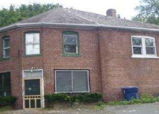 Casa en ejecución hipotecaria in Plainville, CT, 06062,  LEDGE RD ID: F4244030