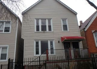 Casa en ejecución hipotecaria in Chicago, IL, 60619,  S CHAMPLAIN AVE ID: F4245540