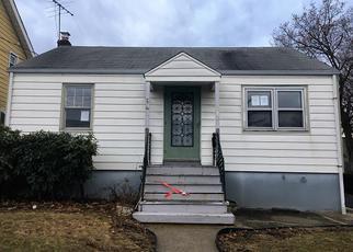 Casa en ejecución hipotecaria in North Brunswick, NJ, 08902,  HAVERFORD ST ID: F4245747