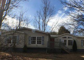 Casa en ejecución hipotecaria in Falling Waters, WV, 25419,  EMERSON DR ID: F4245923