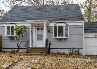Foreclosed Home in COMMONWEALTH AVE, New Providence, NJ - 07974