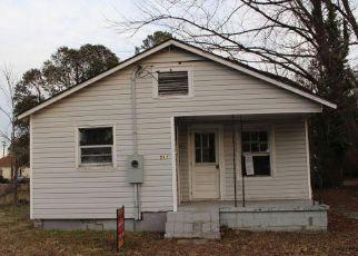 Casa en ejecución hipotecaria in Rocky Mount, NC, 27804,  N VYNE ST ID: F4246598