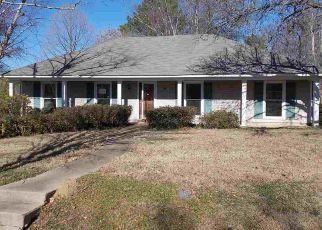 Casa en ejecución hipotecaria in Madison, MS, 39110,  CAMELLIA LN ID: F4246669