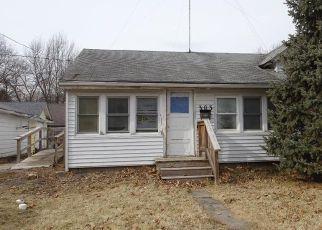 Casa en ejecución hipotecaria in Newton, IA, 50208,  W 5TH ST S ID: F4248105
