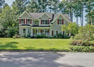 Foreclosed Home en WELLINGTON CIR, Smithfield, VA - 23430