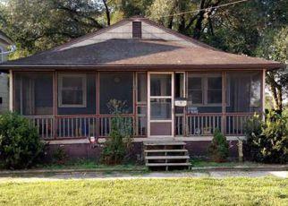 Casa en ejecución hipotecaria in Seaford, DE, 19973,  HARRINGTON ST ID: F4249538