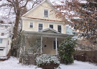 Casa en ejecución hipotecaria in Waterbury, CT, 06710,  BIDWELL ST ID: F4249895