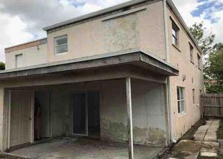 Casa en ejecución hipotecaria in Pompano Beach, FL, 33068,  SW 80TH AVE ID: F4249926