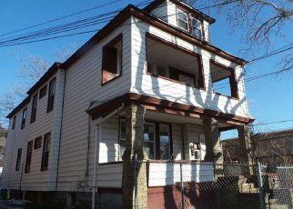 Casa en ejecución hipotecaria in Jersey City, NJ, 07305,  WADE ST ID: F4250257