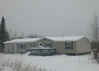 Casa en ejecución hipotecaria in Clinton Condado, NY ID: F4250575