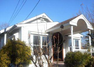 Casa en ejecución hipotecaria in Blackwood, NJ, 08012,  CRESTVIEW AVE ID: F4250832