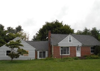 Foreclosed Home en VALLEY VIEW DR, Chesterland, OH - 44026