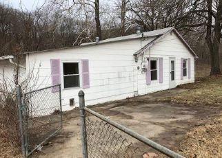 Casa en ejecución hipotecaria in Kansas City, MO, 64151,  NW WAUKOMIS DR ID: F4251317