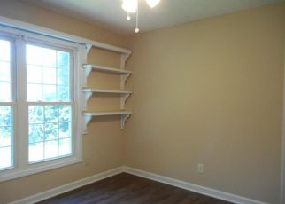 Foreclosed Home in COUNTY LINE RD, New Bern, NC - 28562