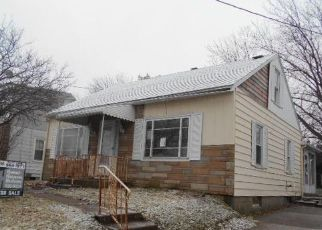 Foreclosed Home en W 37TH ST, Erie, PA - 16508