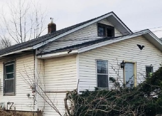 Foreclosed Home en S KALAMAZOO ST, White Pigeon, MI - 49099