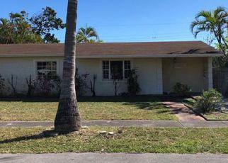 Foreclosed Home en NE 214TH ST, Miami, FL - 33179