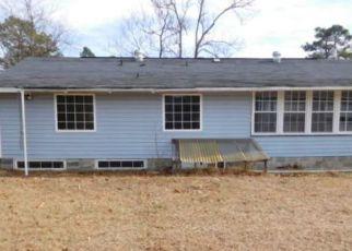 Casa en ejecución hipotecaria in Hope Mills, NC, 28348,  GLENMORE DR ID: F4254272