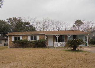 Casa en ejecución hipotecaria in Pascagoula, MS, 39581,  ROBINHOOD DR ID: F4254698