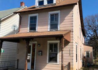 Casa en ejecución hipotecaria in Coatesville, PA, 19320,  CHESTER AVE ID: F4255250