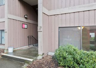 Foreclosed Home en AMBAUM BLVD S, Seattle, WA - 98148