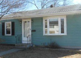 Casa en ejecución hipotecaria in Cumberland, RI, 02864,  W BARROWS ST ID: F4255408