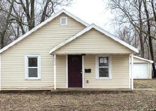 Casa en ejecución hipotecaria in Springfield, MO, 65802,  W WALNUT ST ID: F4255542