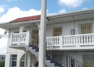 Casa en ejecución hipotecaria in Miami, FL, 33179,  NE 203RD TER ID: F4255682