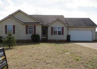 Casa en ejecución hipotecaria in Oak Grove, KY, 42262,  MAN O WAR DR ID: F4256085