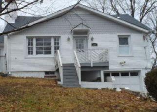 Casa en ejecución hipotecaria in Maybrook, NY, 12543,  BROADWAY ID: F4256182