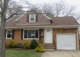 Foreclosure Home in Euclid, OH, 44132,  HALLE DR ID: F4256421