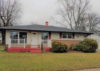 Casa en ejecución hipotecaria in Burlington, NJ, 08016,  LAMONT RD ID: F4257816